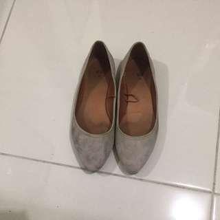 Sepatu H&M Size 38