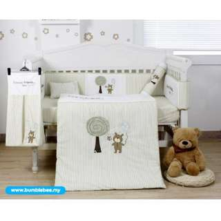 Bee Natural Forever Friends Embroidery Crib Set