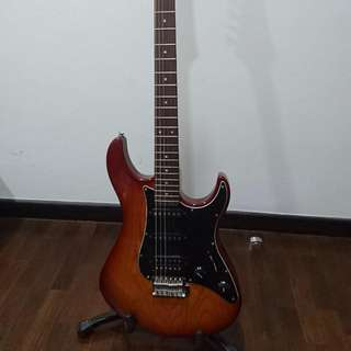 Yamaha Pacifica 312 ii (Discontinued)
