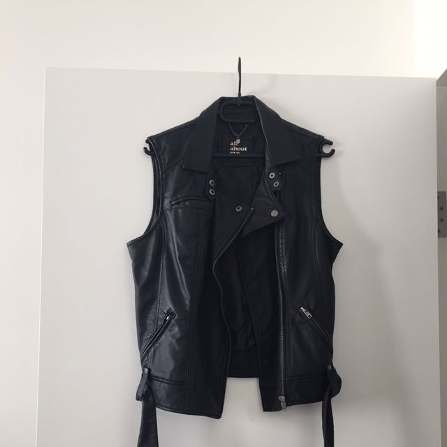 All About Eve Leather Vest Size 10