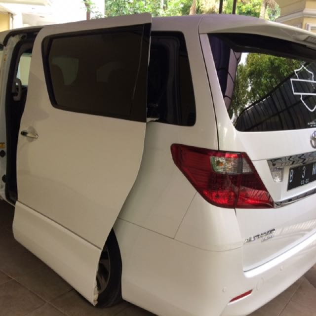 Alphard S Gold Editions 2011