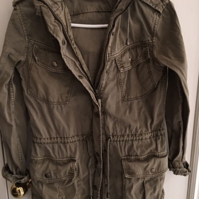 Aritzia Talula Green Trooper Jacket XXXS Fits Like XS