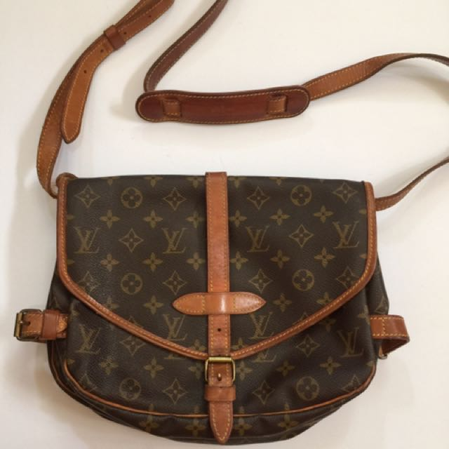 d6162d5a451 Authentic Louis Vuitton Saumur Cross Body Sling Bag Lv Monogram