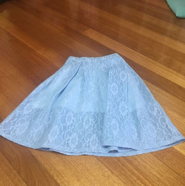 Brand New Size 8 Skirt Lace Blue