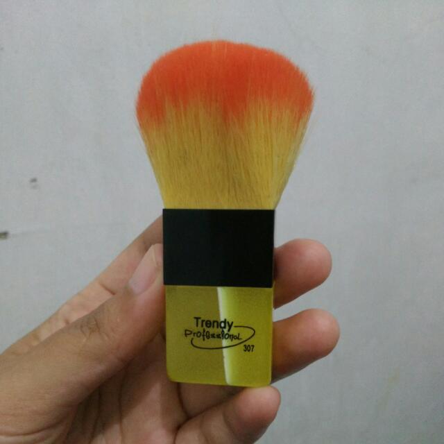 Brush/kuas Make Up