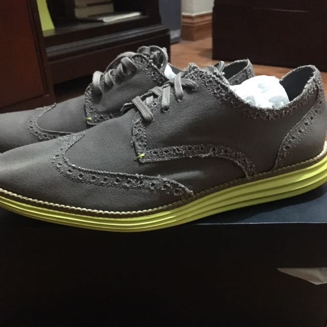 Cole haan Grand Wtip Sz 8