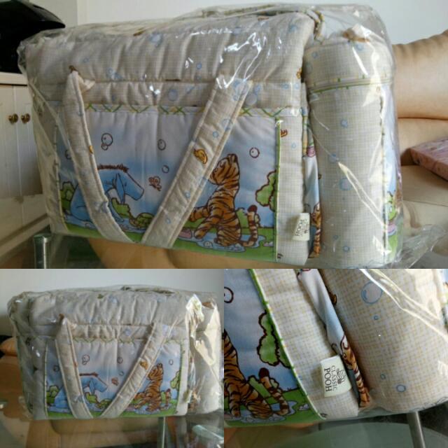 Diaper Bag Pooh Classic Disney (NEW)