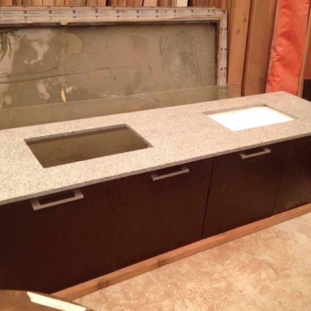Double Vanity Top / Lavatory Cabinet