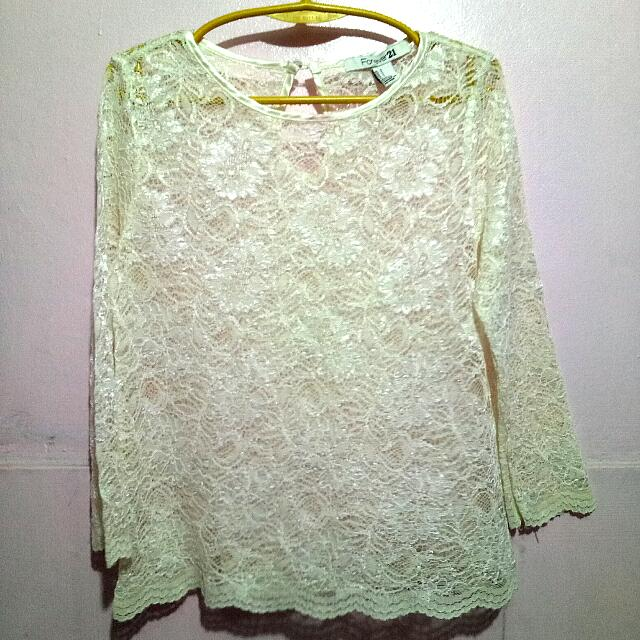 F21, Lacey Top