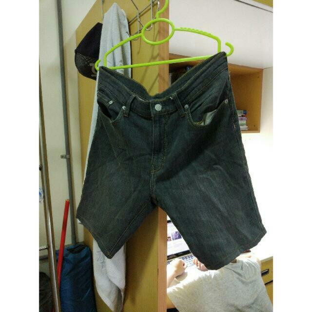 GU 時尚街頭休閒牛仔短褲