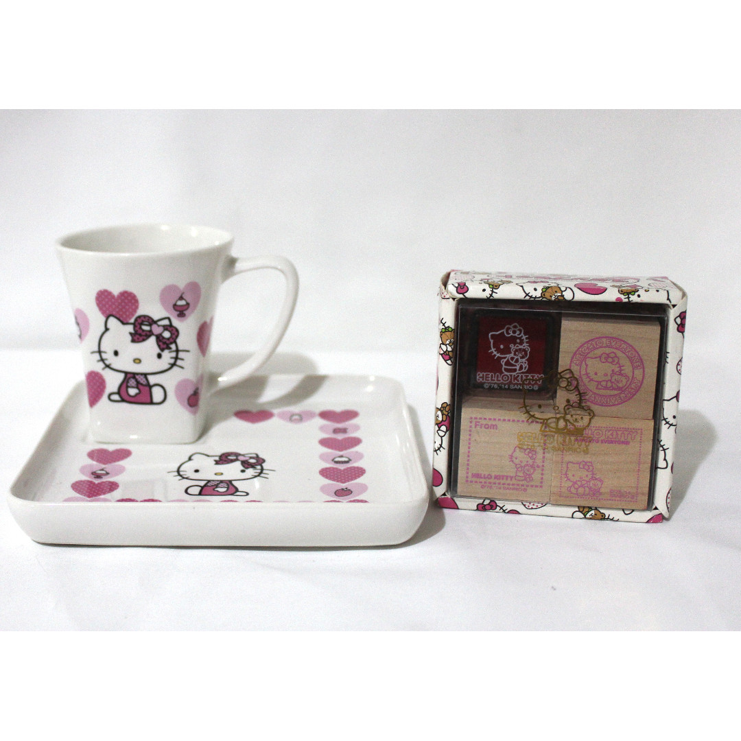 Hello Kitty cup and saucer with stamp SET