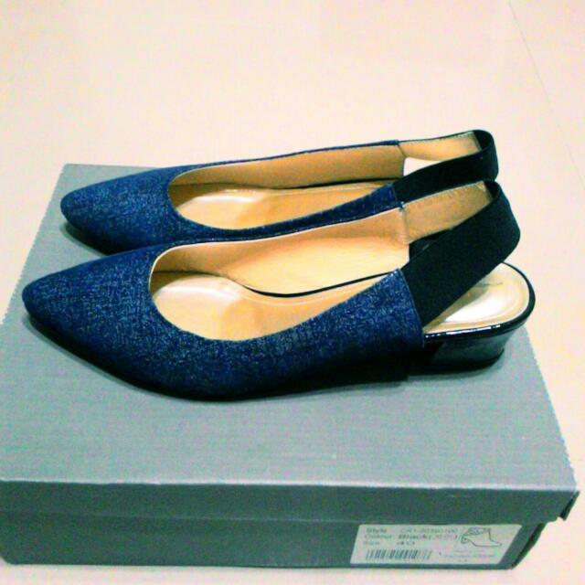 KOKKO 藍色牛仔布跟鞋(可議價)