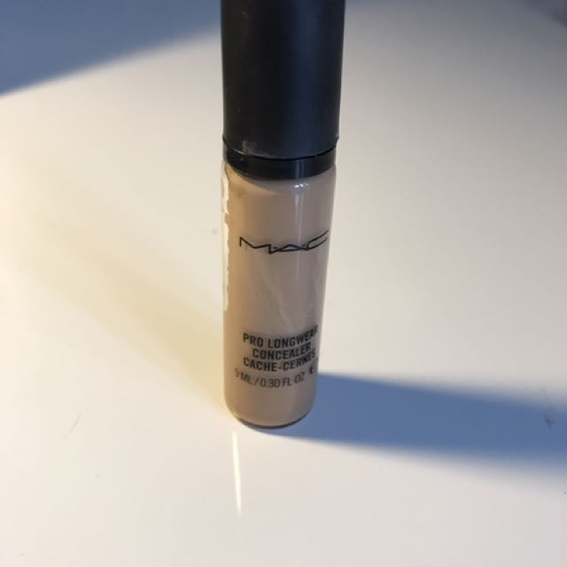 MAC pro Long Wear
