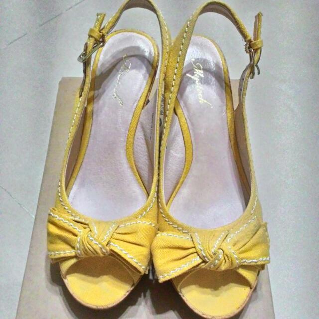 專櫃my stock 黃色楔形鞋(可議價)