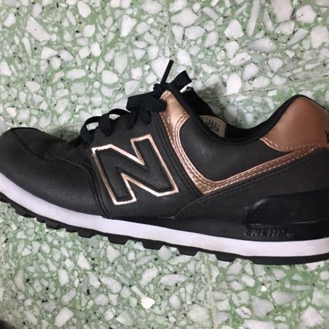 New Balance Sneaker(authentic)