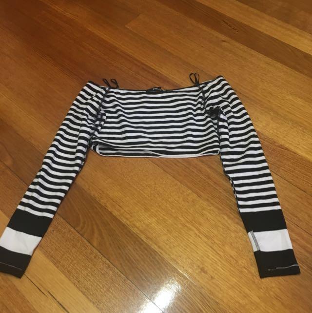 Off Shoulder Top Stripes Size Xs