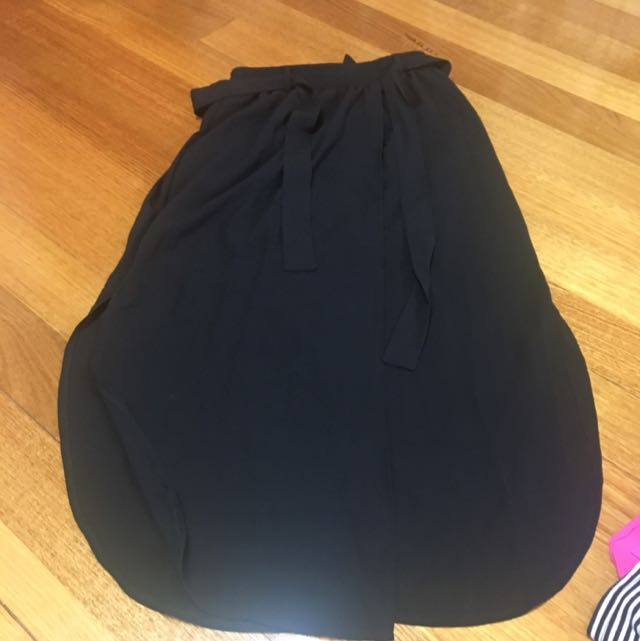 Skirt With Tie Up Bow Size S