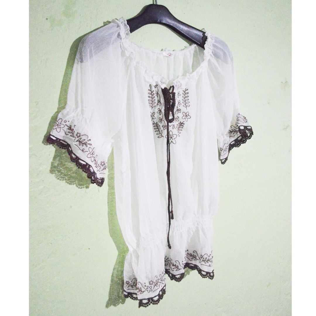 transparent white top choco