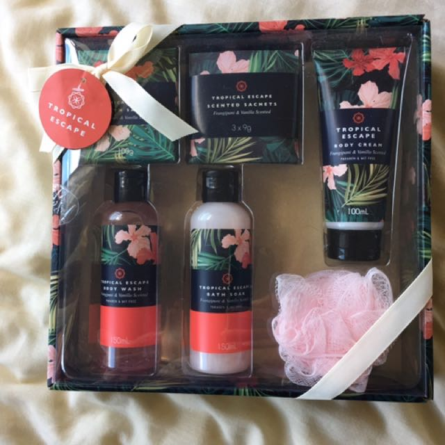 Tropical Escapes Gift Set