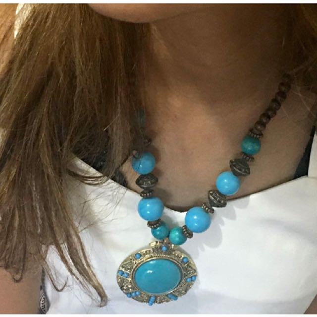 Turquoise Beaded Beauty Necklace