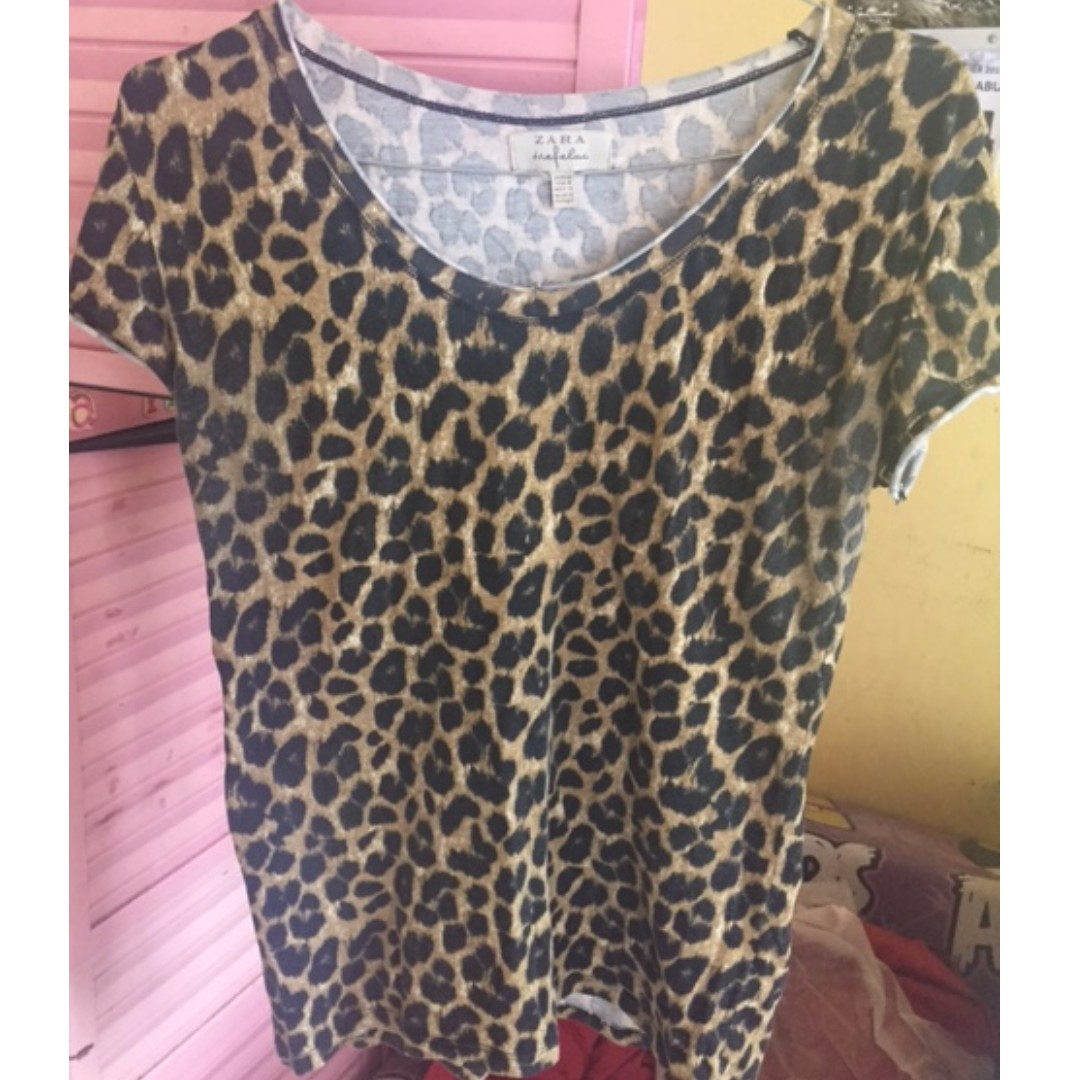 Zara Trafaluc Leopard Print Tshirt Size M