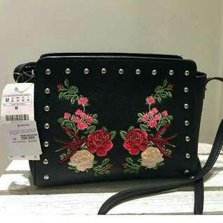 Stradivarius Roses Sling Bag