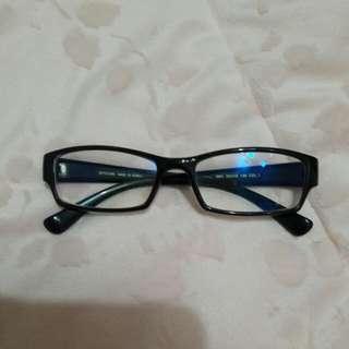正韓眼鏡框,進乎全新。