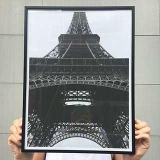 Eiffel Tower Bedroom Art Print - 40x50cm