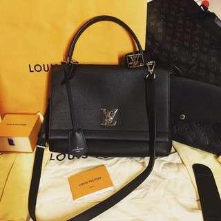 Louis Vuitton Lock Me ii