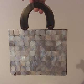 Vintage shell square bag