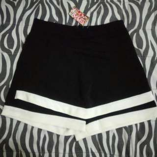REPRICED Shorts Palda