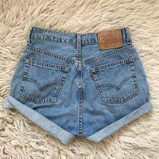 Vintage Levis 555 denim high waist shorts