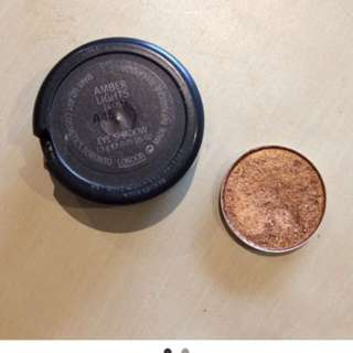 MAC single Amber Lights eyeshadow