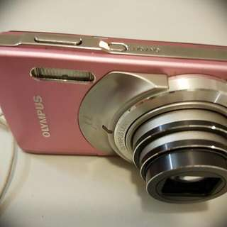 Olympus Compact Camera With Filters