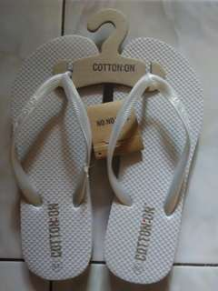Sami Flipflop by cottonon