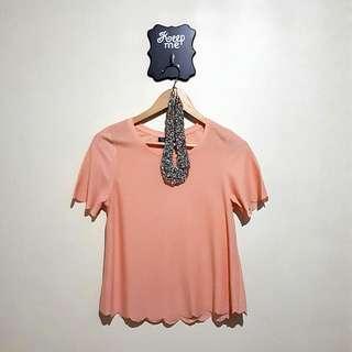 Topshop US size 4 peach color scallop shirt