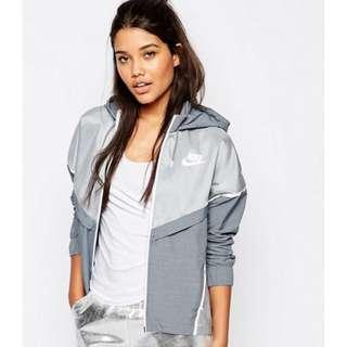 Nike Bonded Zip Front Windbreaker Jacket (White and Grey)- Large