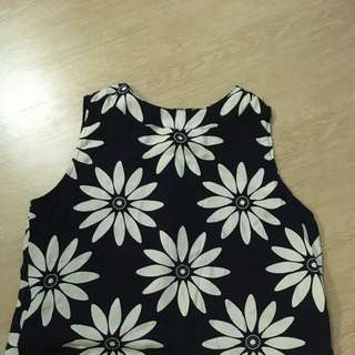 Daisy Black And White Top