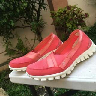 Skechers Relaxed Fit Sz 37