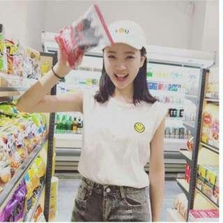 全新 韓版百搭休閒笑臉圓領無袖上衣