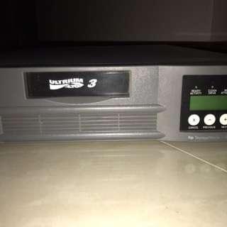 HP StorageWorks 1/8 Tape Autoloader Ultrium 960 3.2GB / 6.4GB