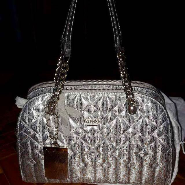 Auth Guess New Shoulder Bag