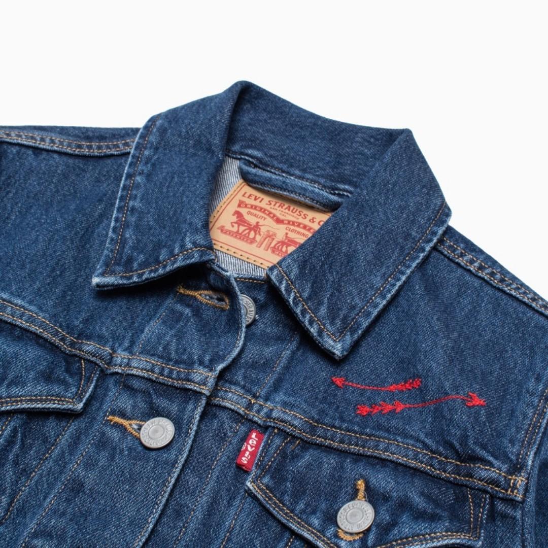1481f1a680 Authentic LEVI S WOMEN s Jeans TRUCKER JACKET Denim Mountain Spring ...