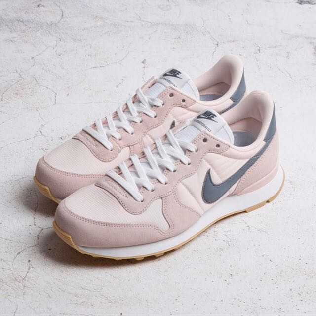 buy popular 3aacc 9d0e8 ... free shipping bn authentic nike bn authentic nike internationalist  sunset tint cool grey summit white womens