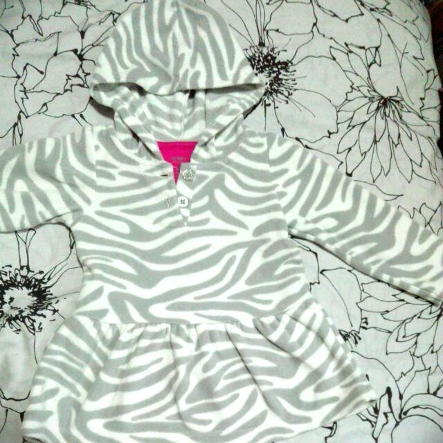 carter's super cute dress with hoodie 18M