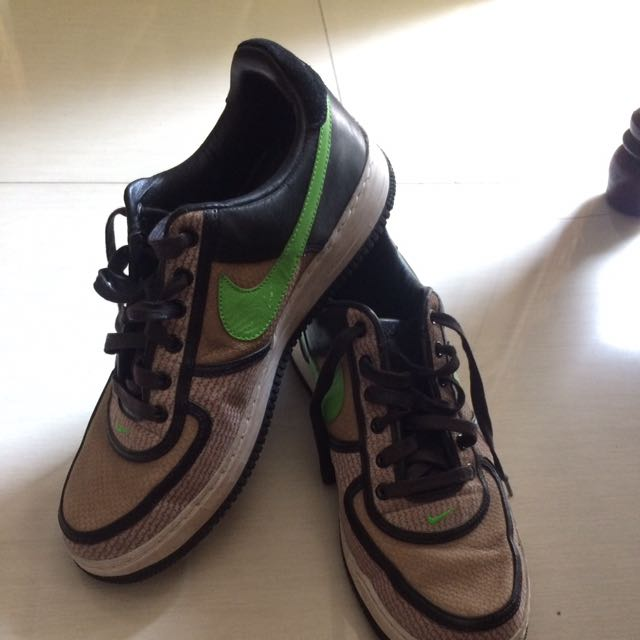 Classic Nike