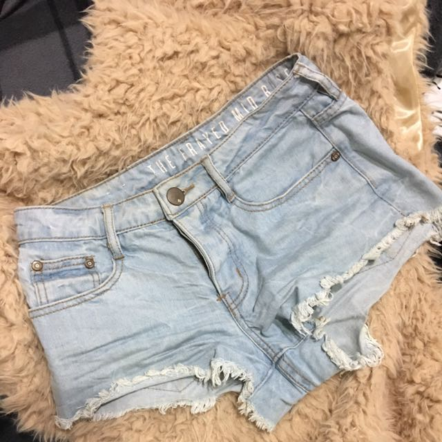Cotton On Size 6 - The Frayed Mid Rise Shorts
