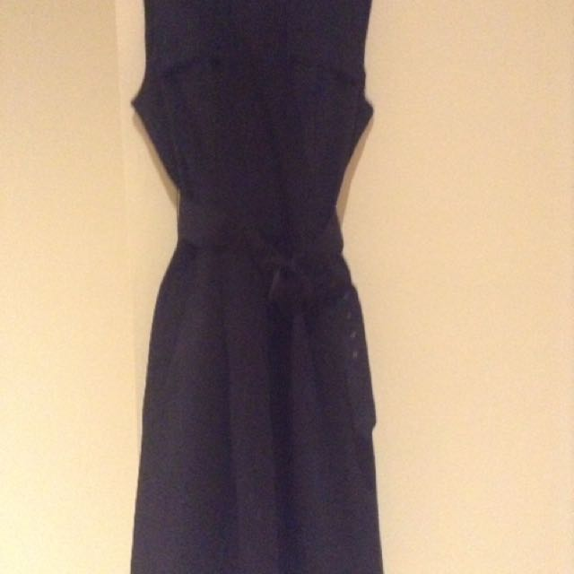 Cue City Dress Size 8