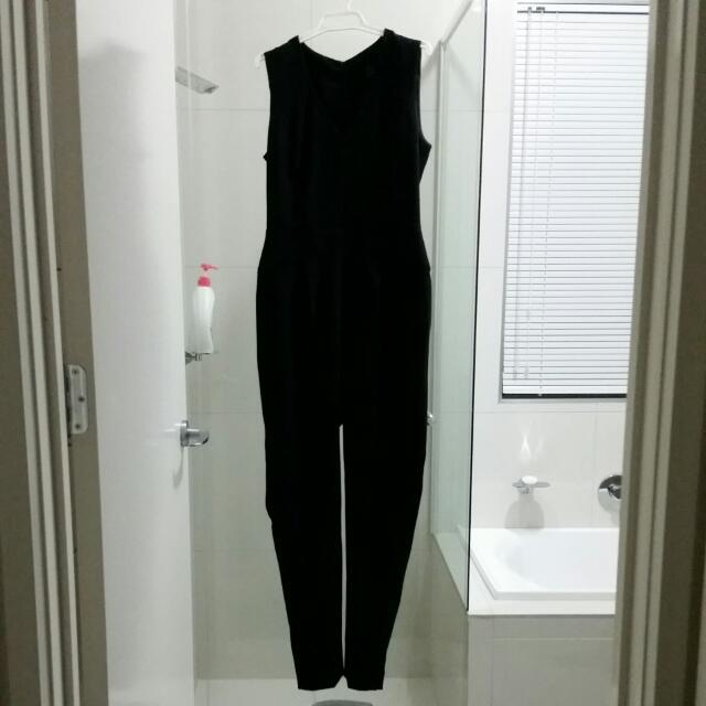 Cue Jumpsuit Black Size 10