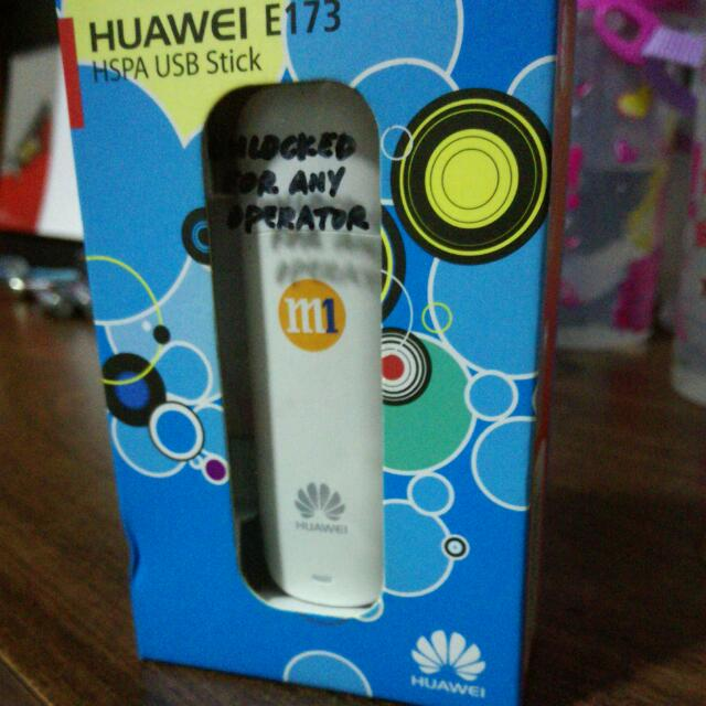 *Unlocked for any Telco/ISP* Huawei E173 HSPA Mobile Broadband USB Dongle  (*Not just M1)